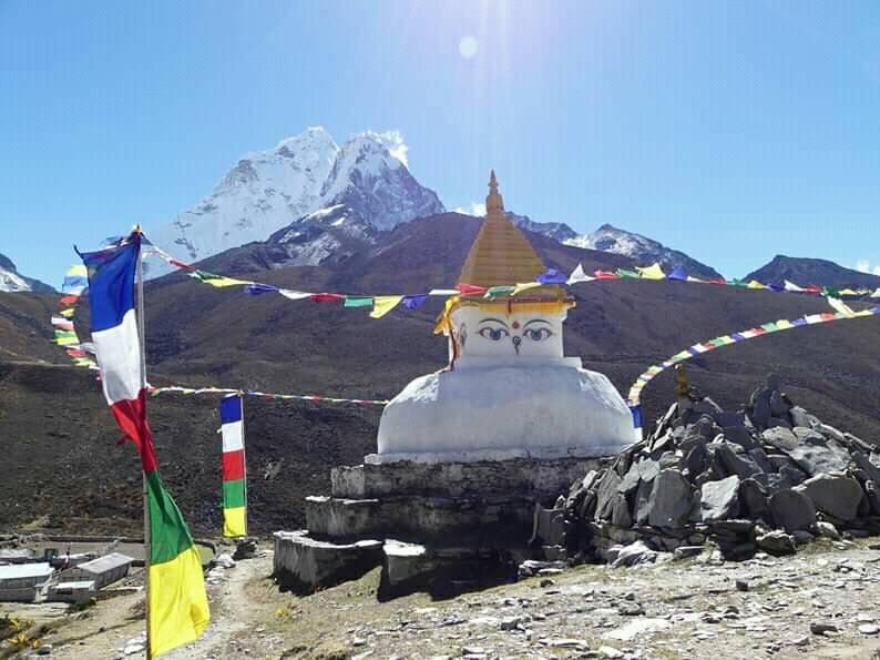 On the way Everest Base Camp Trekking